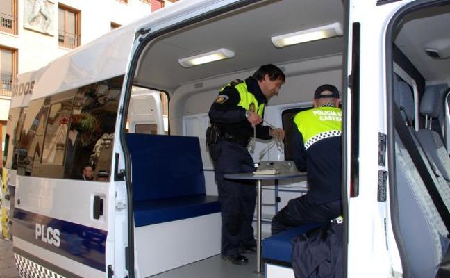 Detienen a un hombre perseguido por un testigo tras intentar robar un bolso y atracar un estanco en Castellón