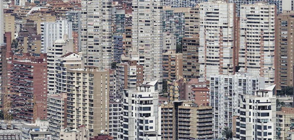 El precio de los apartamentos crece un 3,3% en la costa mediterránea en el último año