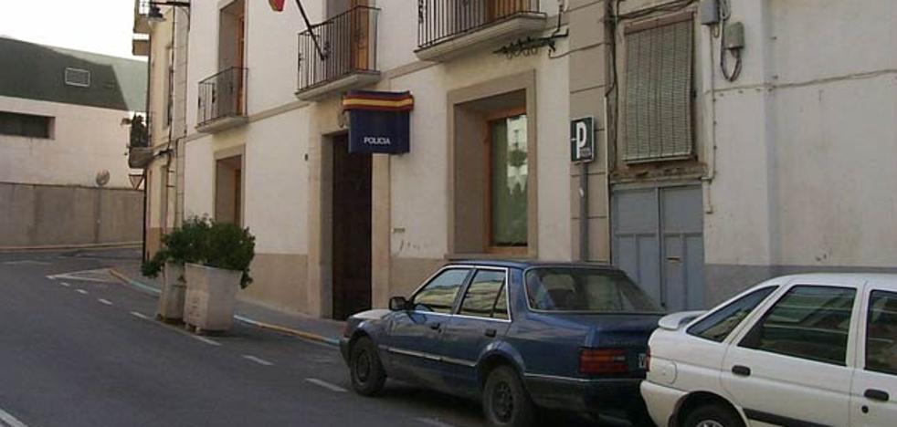 Detenida una mujer por varios robos por el procedimiento del 'abrazo mágico' en Valencia