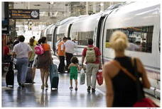 Renfe ofrece 12.300 plazas de refuerzo en trenes con destino a la Comunitat