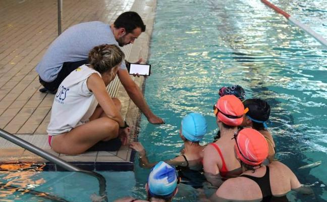 Paterna implanta en su piscina cubierta un sistema antiahogamiento único en el mundo