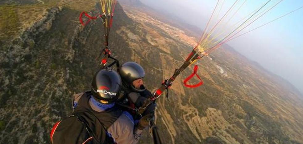 Valencia desde las alturas: Actividades aéreas para subir la adrenalina