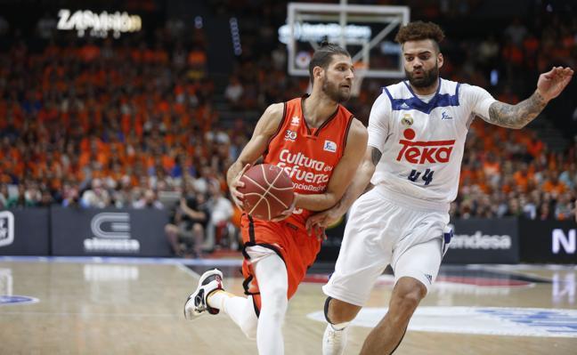 El Valencia Basket jugará al menos 65 partidos este año