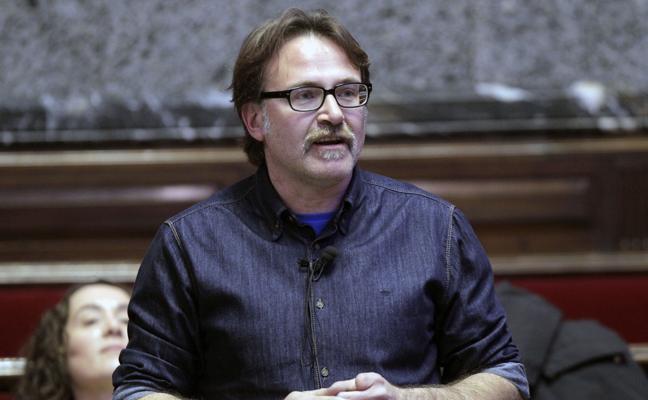 Grezzi admite que no pidió informes antes de instalar los semáforos para peatones