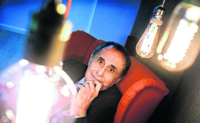Jaime Peñafiel: «Me llevé un salero del Palacio del Sha»