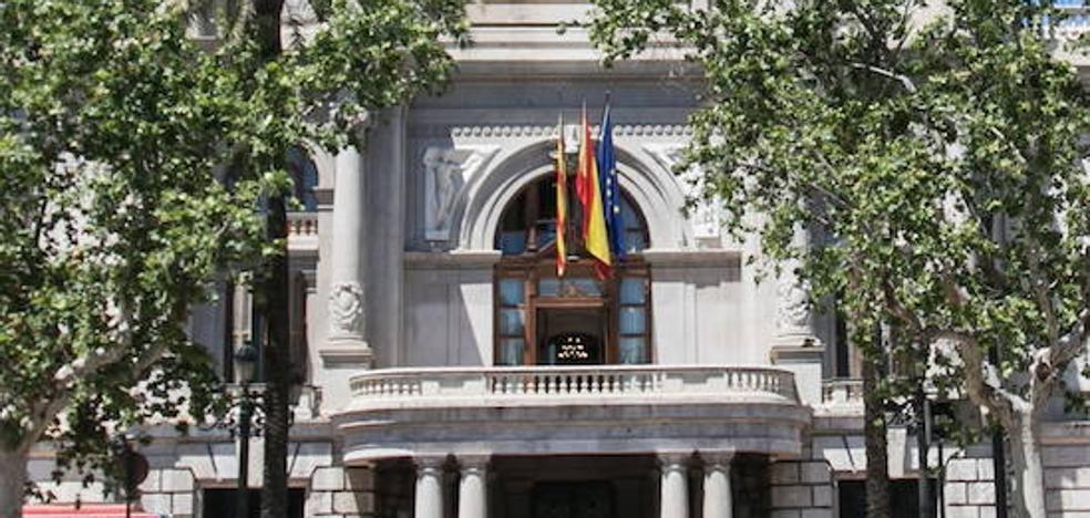 """El Ayuntamiento pide a Protección de Datos archivar la causa por la encuesta fallera y ve """"motivación política"""""""