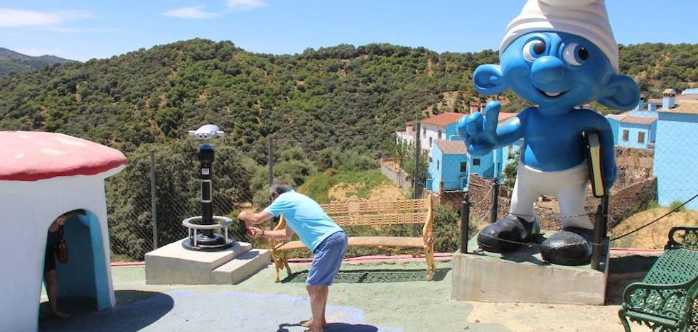 Júzcar, ante el reto de mantener el pulso turístico tras la marcha de los pitufos