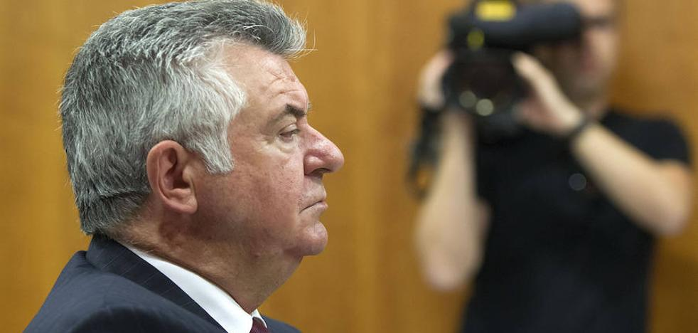 La Justicia autoriza la venta de un carruaje de Juan Antonio Roca
