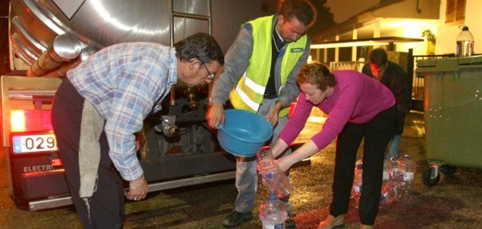 Seis casos de legionela en Calicanto obligan a limpiar un depósito del agua