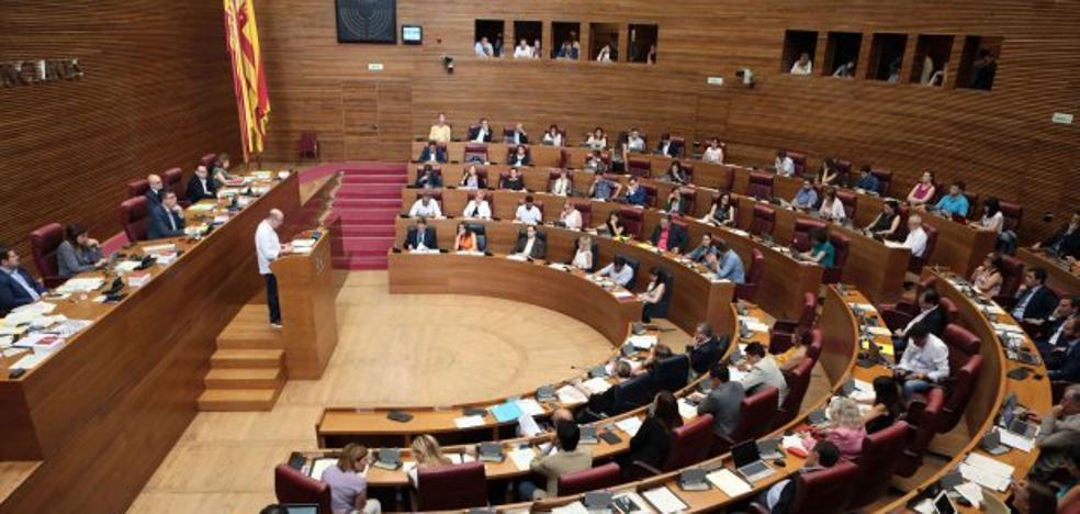 Les Corts ya ha aprobado más declaraciones institucionales que en dos legislaturas enteras
