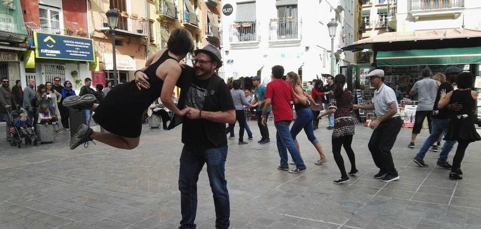 El Camino de Santiago, a ritmo de 'swing'