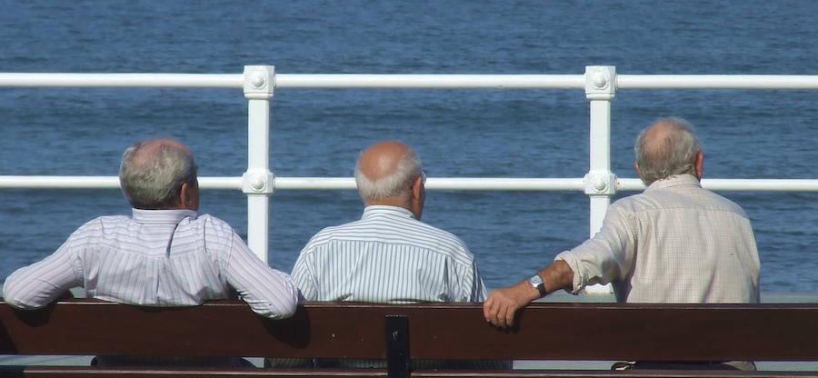 Los pensionistas valencianos cobran 848,34 euros, por debajo de la media