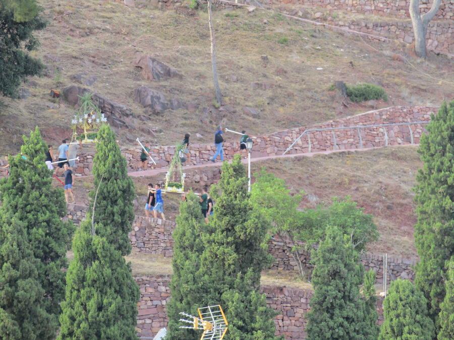 Fotos de la bajada de Sant Roc en Serra