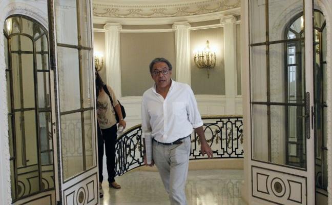 Bonig revela que negocia la financiación con Madrid y Murcia y el PSPV lo censura