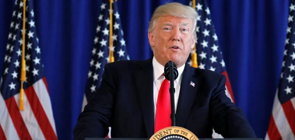 Trump niega que equiparase la «moral» de los neonazis con la de quienes protestan contra ellos