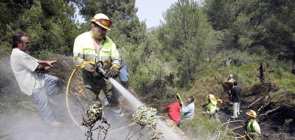 El juez encarcela al senderista que causó un incendio forestal en el Desert de les Palmes