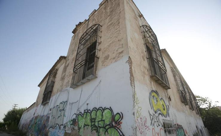 Fotos de alquería, palacios y casonas de Valencia que languidecen por falta de obras públicas y privadas
