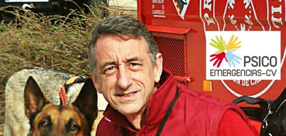Mariano Navarro Serer, jefe de Psicoemergencias de la Comunitat: «Las reacciones cambian si es un acto terrorista»