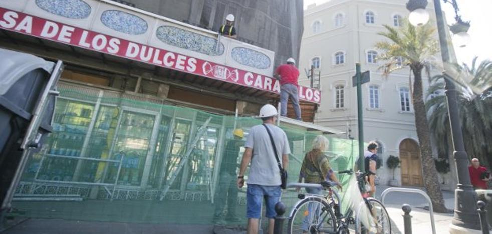 Les Corts arranca ya las obras para rehabilitar la Casa de los Caramelos