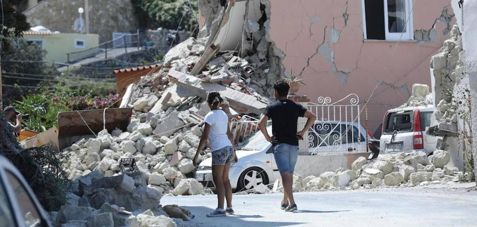 Los bomberos aseguran que ya no hay más desaparecidos en Casamicciola tras el terremoto
