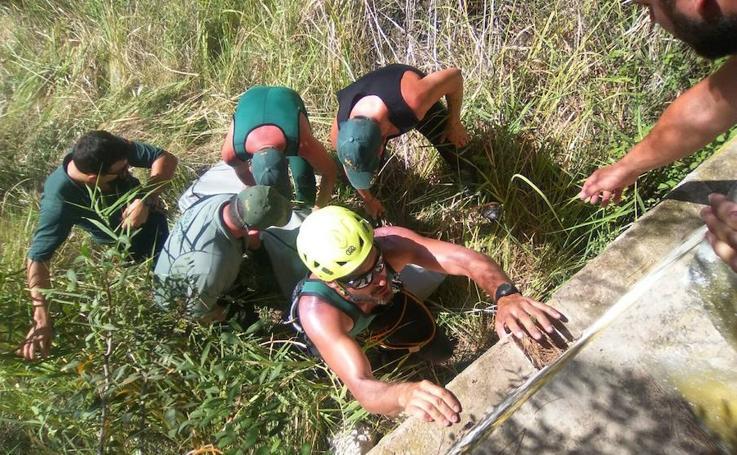 Fotos del rescate del cuerpo del menor en el río Cabriel