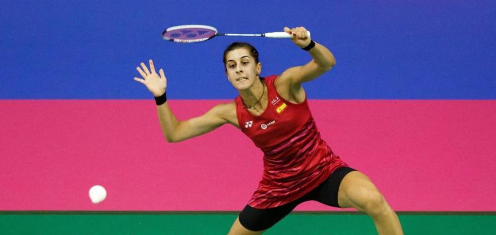 Carolina Marín arrolla en su estreno en el Mundial
