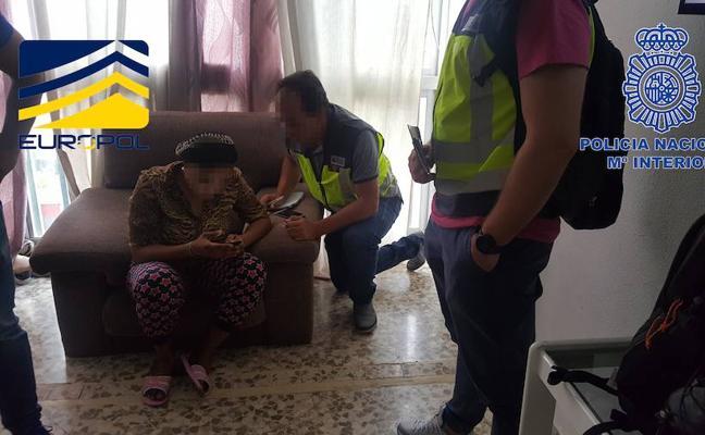 Detenidos 25 miembros de una red de prostitución que actuaba en Benidorm y Gandia y liberadas 16 mujeres
