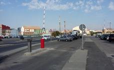 Colocan la primera barrera para cobrar el aparcamiento en las calles de la Marina