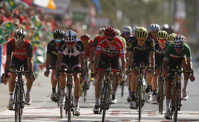 La Vuelta a España genera dos millones de ingresos y cerca de 10.000 pernoctaciones en Castellón