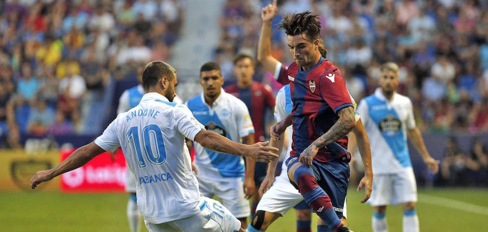 Dos jugadas a balón parado le dan un punto al Levante UD en el Ciutat