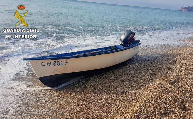 Localizados 45 inmigrantes en 4 pateras en las costas de la Comunitat y Murcia