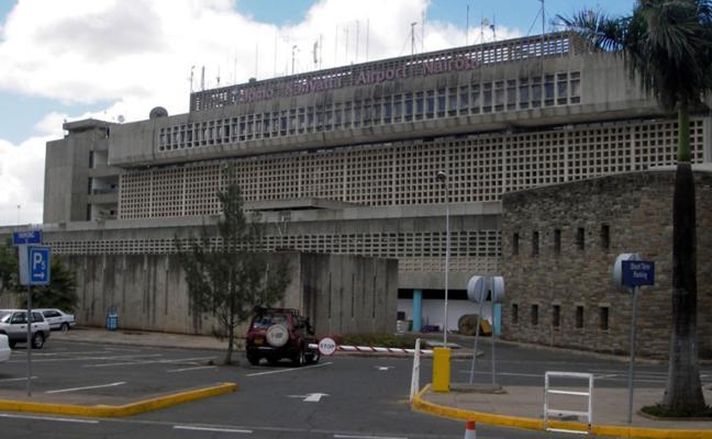 Los 13 cooperantes valencianos bloqueados varios días en Kenia vuelan a Marruecos