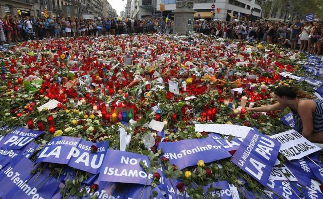 Aumentan a 16 los muertos por los atentados de Cataluña