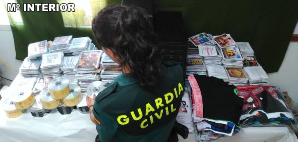Incautados más de 3000 CDs y DVDs falsificados en Cullera