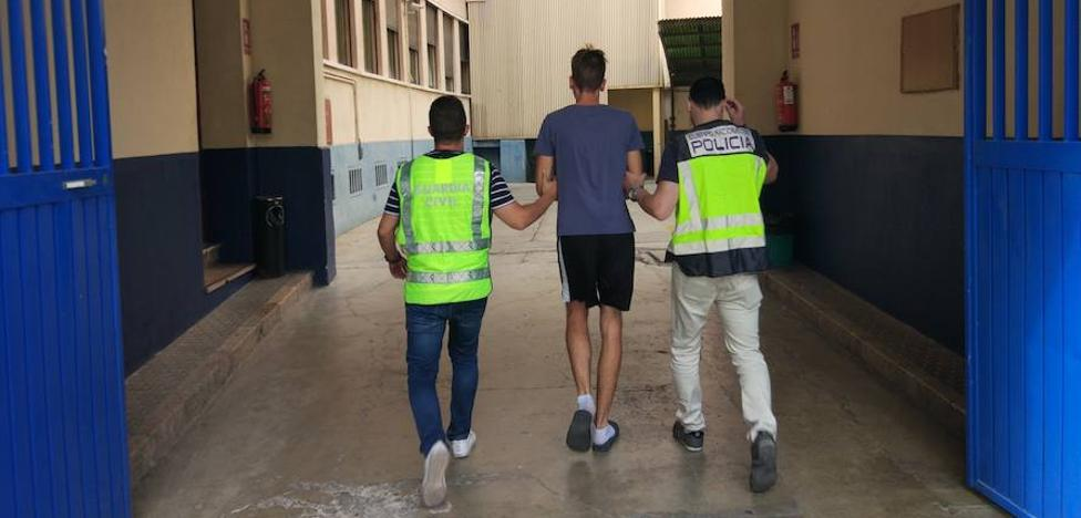 Detenidos dos hombres por robos con fuerza en domicilios en Puzol