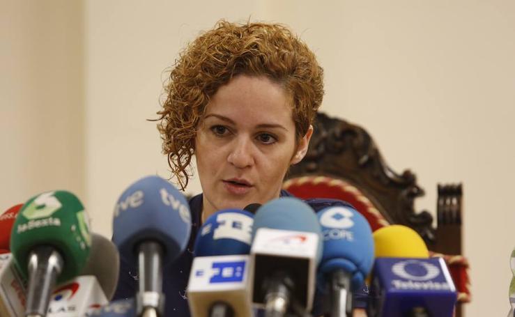 Fotos de la rueda de prensa de la hermana de Pilar Garrido
