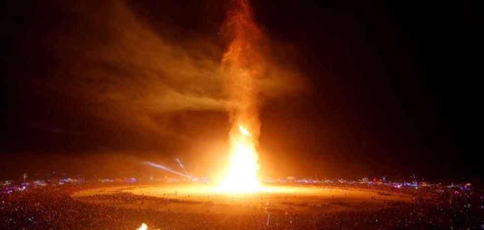 Muere quemado un asistente al festival Burning Man que se saltó dos cordones de seguridad