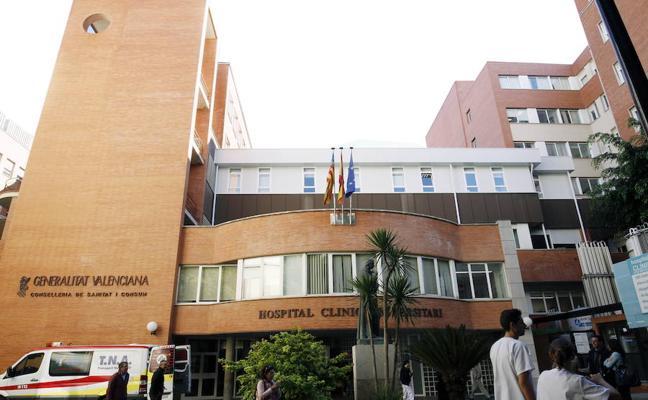 UGT denuncia el desvío de pacientes del Hospital Clínico de Valencia a la privada para exploraciones endoscópicas