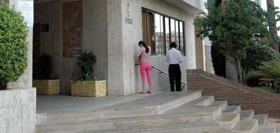La alcaldesa de Paiporta, investigada por anular la contratación de policías