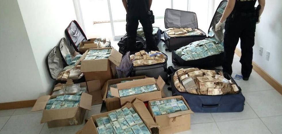 Hallan más de 10 millones de dólares en un supuesto búnker de un exministro brasileño