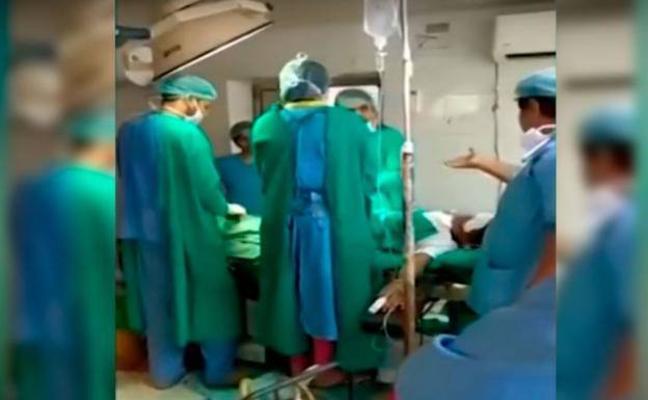 Fallece un bebé durante una cesárea debido a una discusión entre dos cirujanos