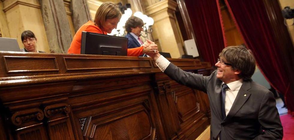 Puigdemont se muestra dispuesto a «todo» para hacer el referéndum