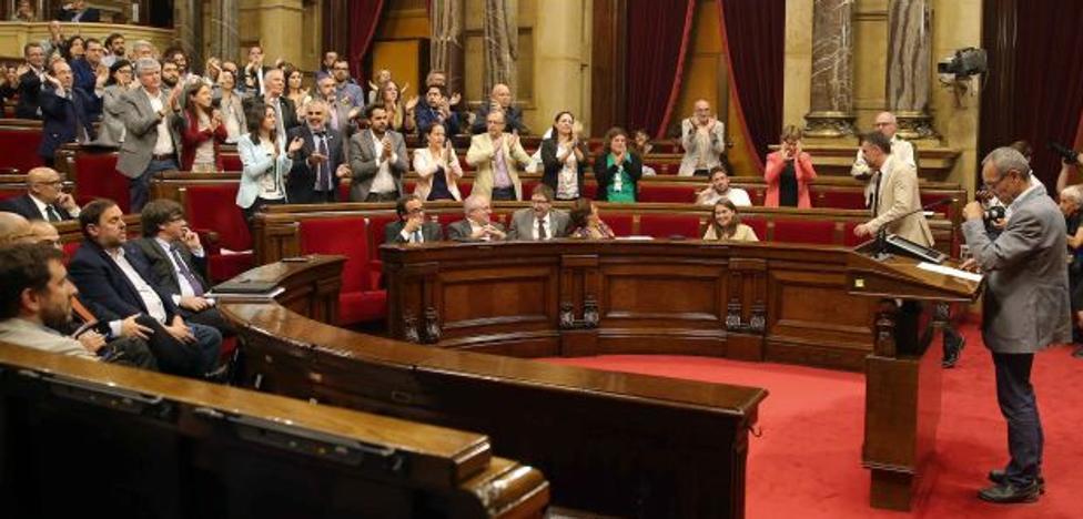 El alegato antiindependentista de un diputado de Podemos en el Parlament que acaba ovacionado por el PP, PSC y Ciudadanos
