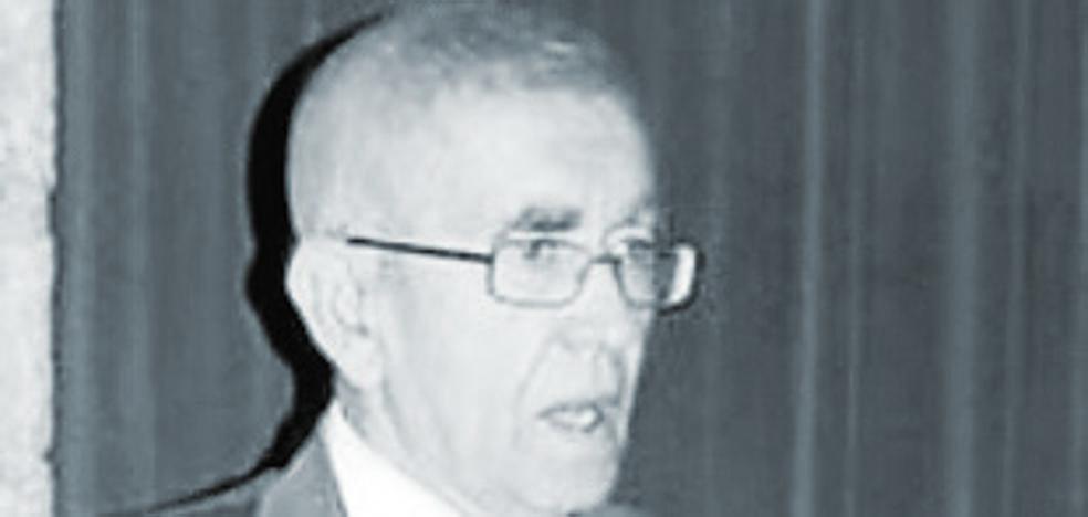 Muere el doctor José Vicente Santafé Llopis, el valenciano que relanzó las excavaciones de dinosaurios