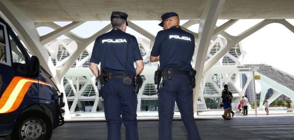 Interior blindará veinte puntos sensibles de Valencia tras el atentado de Barcelona