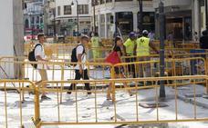 Obras en cuarenta calles rompen la vuelta a la normalidad en Valencia