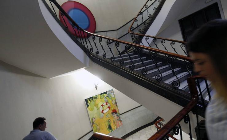 Fotos del fondo de arte moderno del Ateneo Mercantil de Valencia