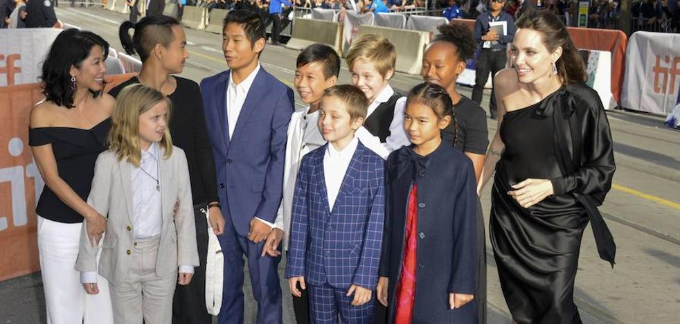 Angelina Jolie se lleva a sus hijos al estreno de su nueva película