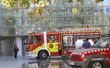 Bomberos de Valencia anuncia la compra de dos camiones de altura tras las protestas
