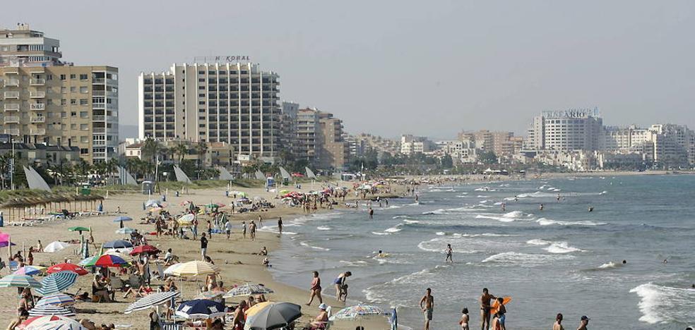 Fallece un bañista en la playa Morro de Gos de Oropesa